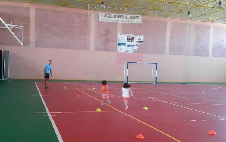 Segunda Jornada De Atletismo Con Los Niños De La Escuela Multideporte De Funday